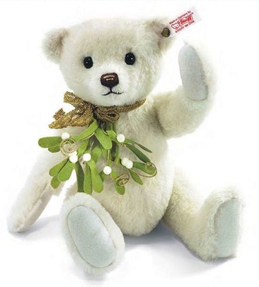 Picture of Mistletoe Teddy Bear